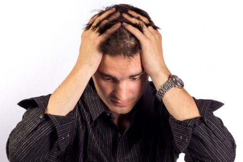 髪の毛を濡れたまま放置すると抜け毛や薄毛の原因に