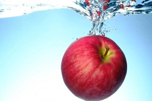 リンゴ酢、にんにくでニキビを除去!