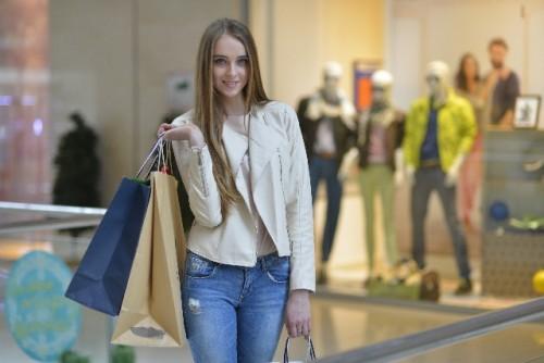 ファッションアイテムをリサーチしてファッション費を抑える