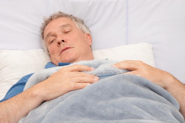 睡眠時間が多い人は痩せる?