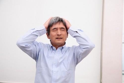 ストレスを感じると白髪が増えるは迷信?