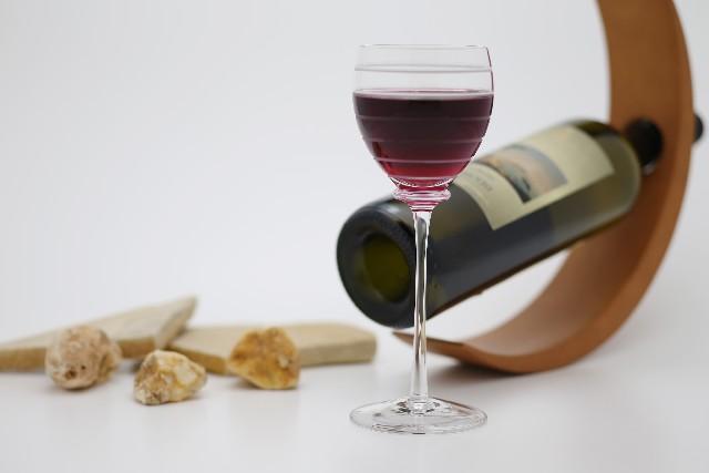 赤ワインでアンチエイジング効果