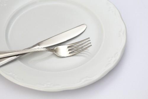 満腹になるまで食べ続けると消化器官が弱化する