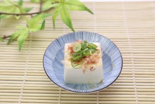 豆腐の良質なタンパク質がダイエット効果を促進