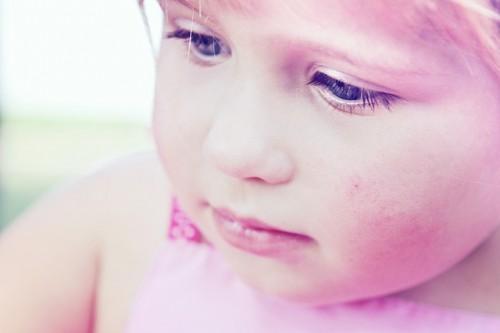 人間の顔には細い産毛が生えている