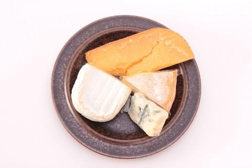 チーズでめかぶの栄養成分をさらに高める食べ合わせを!