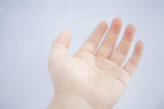 クラッキングが指を太くする、という情報はどこから?