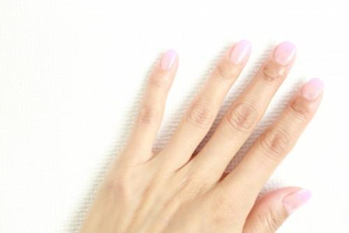 むくみを予防して指を細くしよう