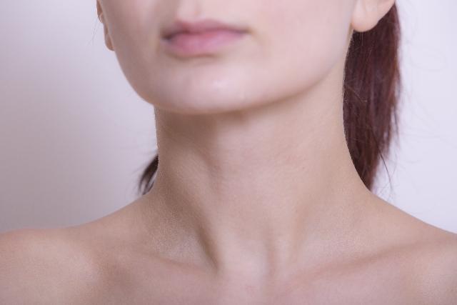 自然な肌見せで健康的なサクシーさをアピール