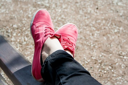 靴のデザインで脚長効果を高めよう!