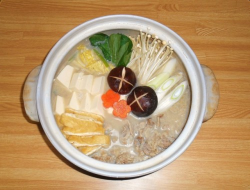 身体が温まる「豆乳鍋」で不足しがちな栄養を補う