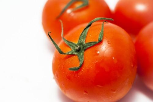 独特の酸味が癖になる「トマト鍋」