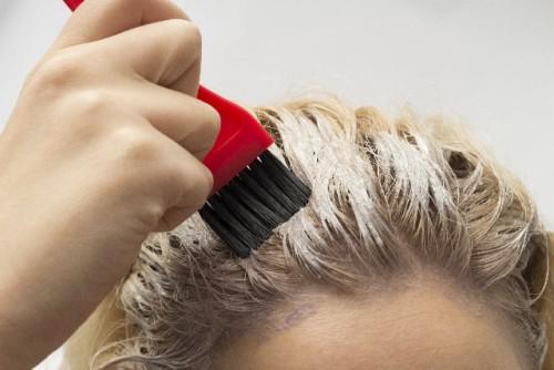 老けて見られる女性に共通しているヘアスタイルって?