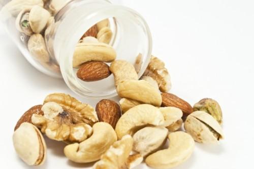 月経前症候群の症状を改善するには食事から