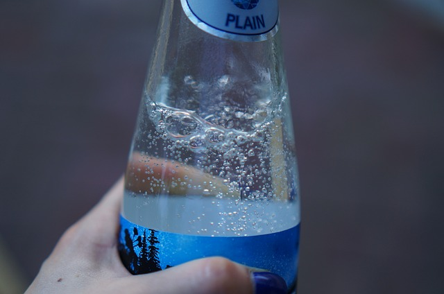 毎日炭酸水を飲むと身体の中からキレイになれる