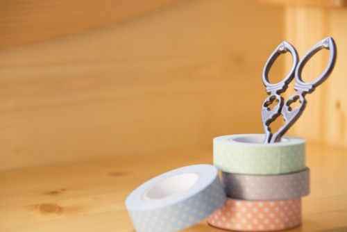 アイシャドウチップとマスキングテープで作るデザインネイル