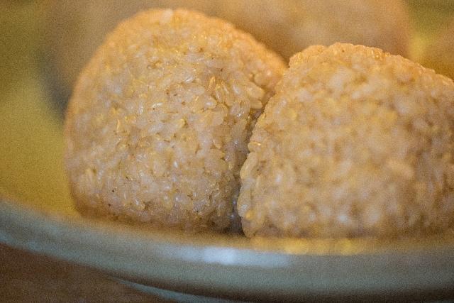 噛みごたえのある玄米は、満腹中枢を刺激してくれる