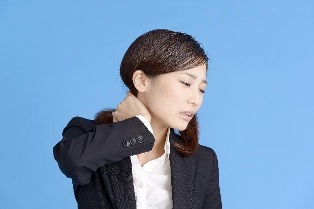肩こりを解消しながら血行促進!肩甲骨ストレッチ