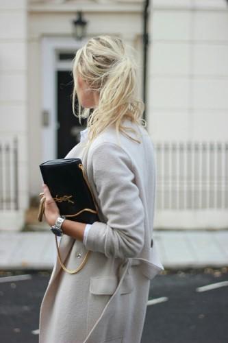 グレーコートを買うときは丈の長さにも注目!