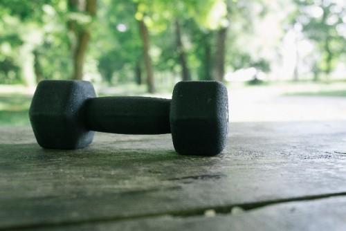 踏み台昇降ダイエットの効果を高めるアイテム