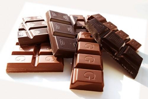 チョコレートを食べると筋肉量が増えて代謝もアップ!