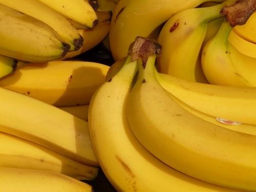 体脂肪の燃焼促進効果あり!バナナ酢ダイエット