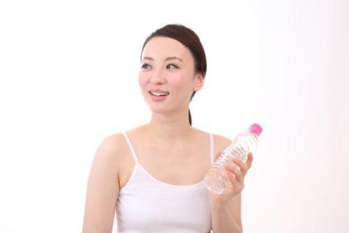 肌の水分量が減少して起こる乾燥くすみ