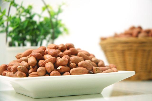 美肌には良質のアミノ酸を含む食事を