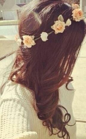 エラをカバーするなら髪型はゆるふわパーマのロングヘア