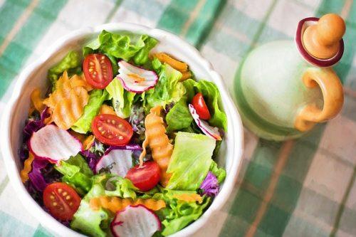 ダイエットで極端な食事制限はしない