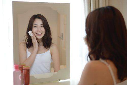 肌に優しい手作り化粧水の作り方