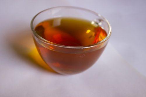 胆汁酸を増加させダイエットを成功に導く杜仲茶