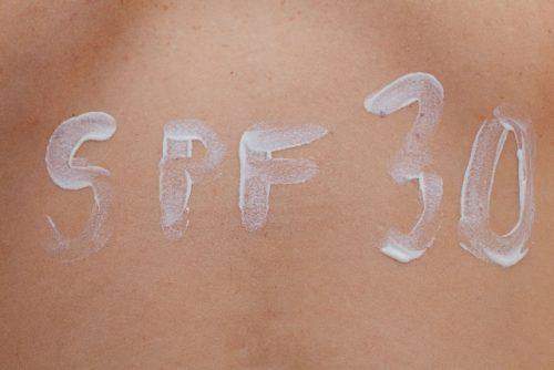 日常生活の中で使うなら肌に優しいSPF20〜30を